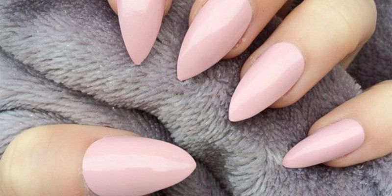 dazzling stilleto nail designs that stand out