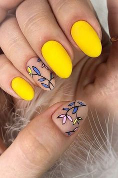 amazing yellow and leaves pattern