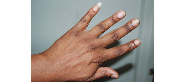 cultural significance of long pinky nail