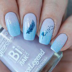blue feather spring nail design