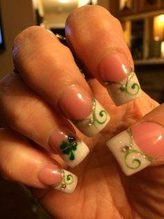 french clover spring nail design