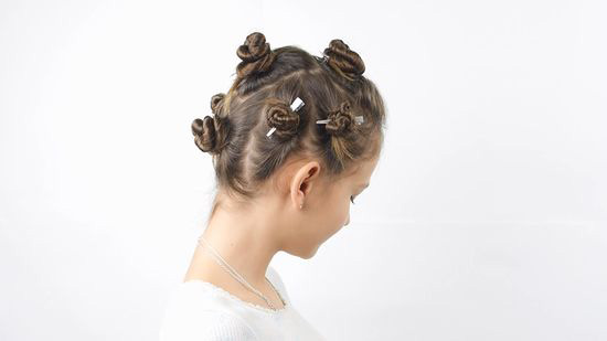 clip the hair sections